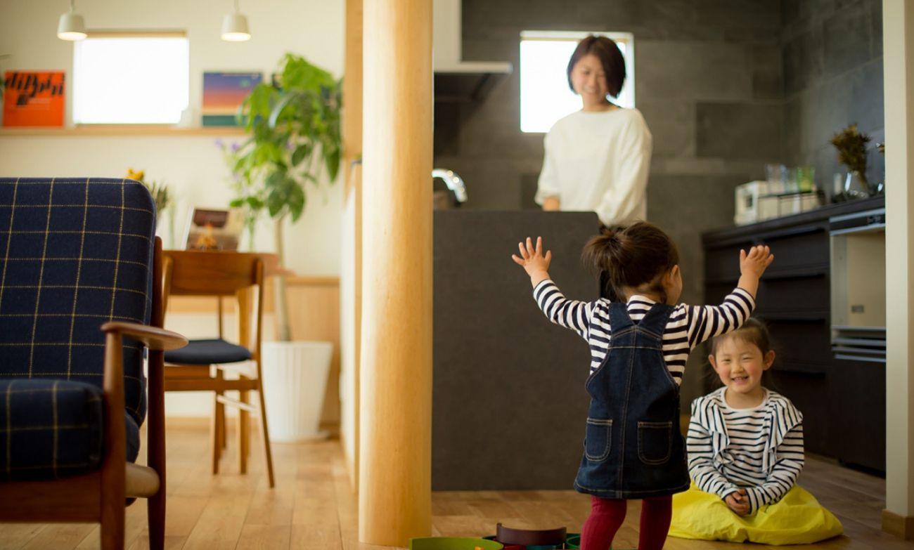 上田建装社は、家を売る会社ではなく家をつくる会社